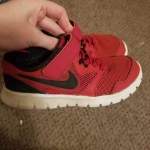 Boys Nike velcro sneakers